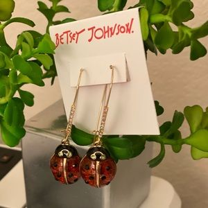 NWT 🐞 Betsey Johnson Ladybug Drop Earrings 🐞 NWT